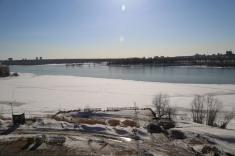 Вид из 13 секции на реку и смотровую площадку